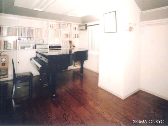 軽量鉄骨造のピアノ防音室