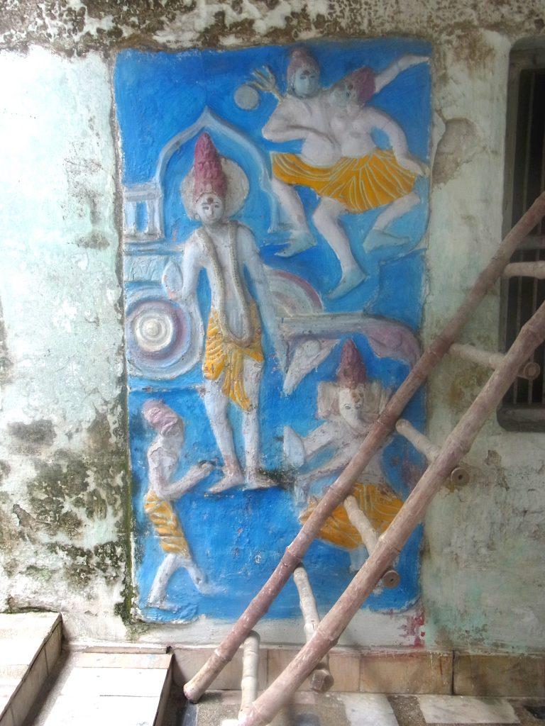 リシケシの寺院の外装色